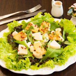 Salada Ambrosio.